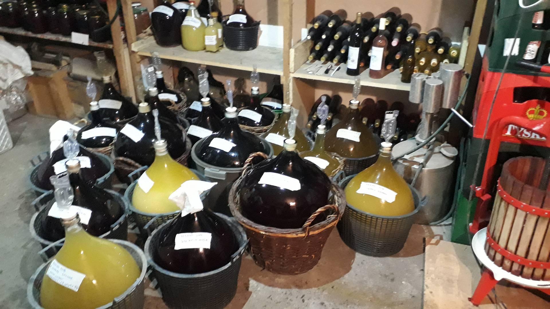 tradycyjna i naturalna winifikacja